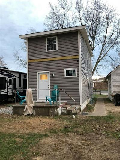 76 PINE SWAMP RD # 1, Cumberland, RI 02864 - Photo 2