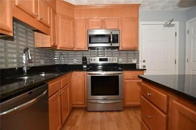 15 SAW MILL DR UNIT 305, North Kingstown, RI 02852 - Photo 2