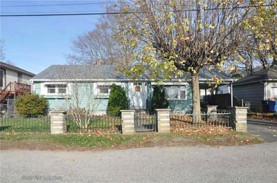 15 WINSOR ST, Cumberland, RI 02864 - Photo 1