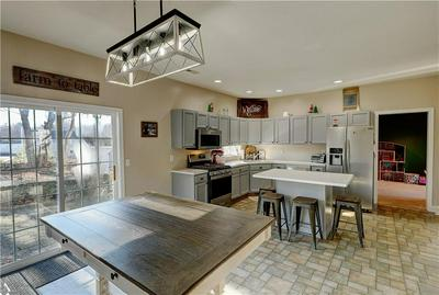 2 EVERGREEN CT, Coventry, RI 02816 - Photo 2