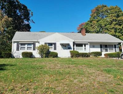 195 WETHERSFIELD DR, Warwick, RI 02886 - Photo 1