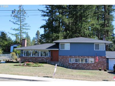 508 N COMSTOCK RD, Sutherlin, OR 97479 - Photo 1