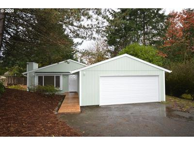 9523 SW 6TH AVE, Portland, OR 97219 - Photo 1