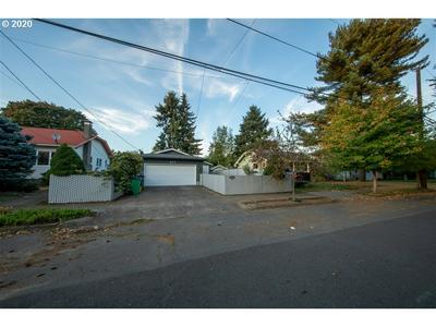 647 NE BUFFALO ST, Portland, OR 97211 - Photo 2
