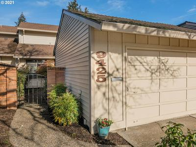 9425 SW BRENTWOOD PL, Tigard, OR 97224 - Photo 1