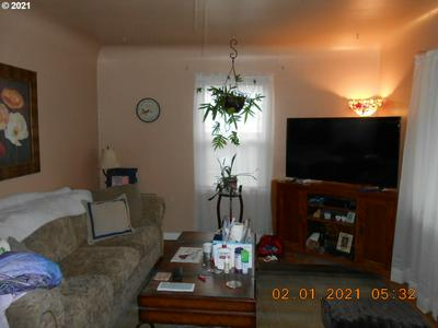 650 ROSEMONT AVE NW, Salem, OR 97304 - Photo 2
