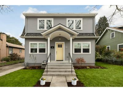 7436 SE 20TH AVE, Portland, OR 97202 - Photo 2