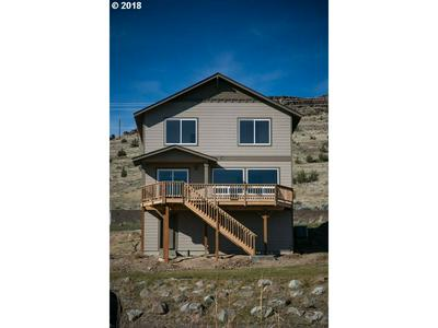 409 LITTLE LAKE RD, Maupin, OR 97037 - Photo 2