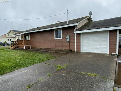 906 JUNIPER AVE, Reedsport, OR 97467 - Photo 2