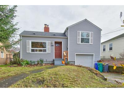 9412 N VAN HOUTEN AVE, Portland, OR 97203 - Photo 1