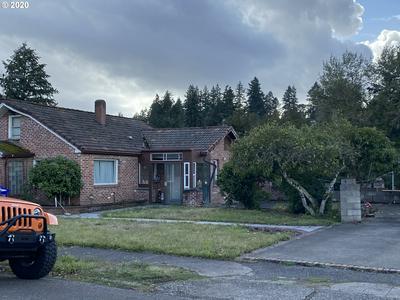 122 HOLMES ST, Oregon City, OR 97045 - Photo 2