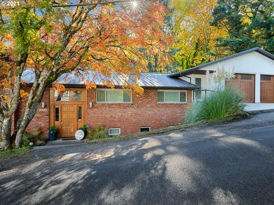 3030 SW SHERWOOD PL, Portland, OR 97201 - Photo 1