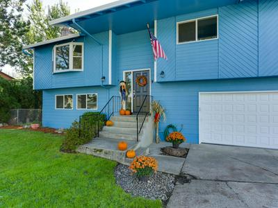 424 SE 19TH ST, Troutdale, OR 97060 - Photo 2