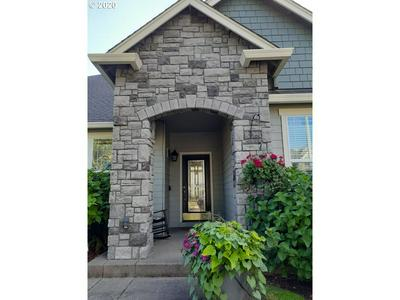 4628 CHAMPAGNE LN, Eugene, OR 97404 - Photo 2