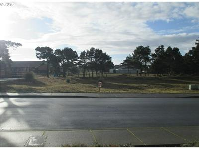2793 HARRISON AVE SW, Bandon, OR 97411 - Photo 2