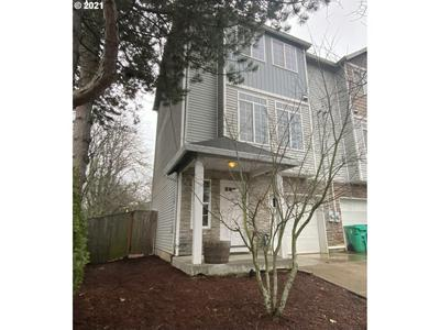 9736 N FAIRHAVEN AVE # END, Portland, OR 97203 - Photo 2