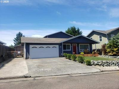 1694 LINCOLN ST, North Bend, OR 97459 - Photo 2