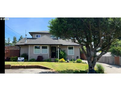 1377 HIGHLAND AVE, Coos Bay, OR 97420 - Photo 1