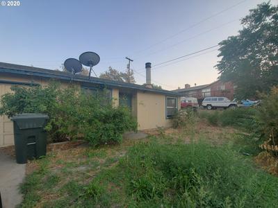 330 W IVY ST, Arlington, OR 97812 - Photo 1