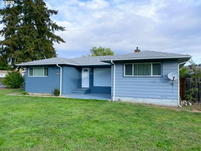 2372 CASTLE AVE, Roseburg, OR 97471 - Photo 1