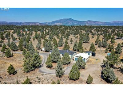 1864 NW PINECREST DR, Prineville, OR 97754 - Photo 1