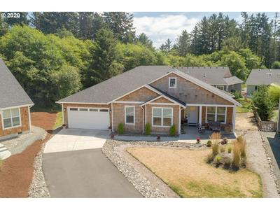 741 CREEKSIDE DR, Gearhart, OR 97138 - Photo 2
