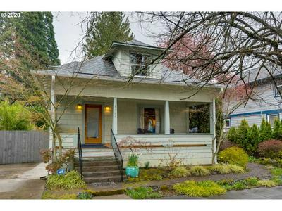 9027 N SMITH ST, PORTLAND, OR 97203 - Photo 1