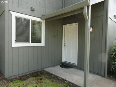 17482 SW BRITETREE CIR, Beaverton, OR 97007 - Photo 2