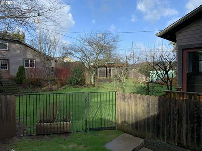 777 S 5TH ST, Coos Bay, OR 97420 - Photo 2