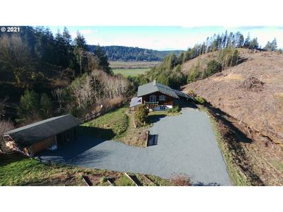 91771 SYLVANIA LN, Coquille, OR 97423 - Photo 2