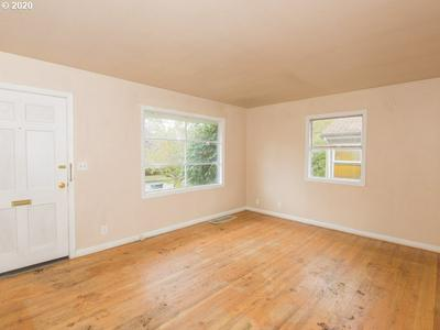 5714 N AMHERST ST, Portland, OR 97203 - Photo 2