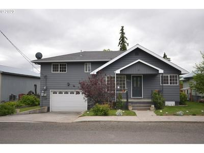 255 W 2ND ST, Dufur, OR 97021 - Photo 1