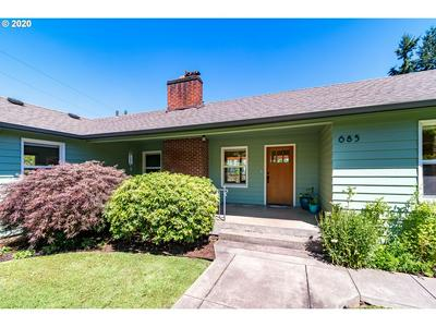 685 W 35TH PL, Eugene, OR 97405 - Photo 1