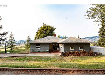 148 CHERRY AVE, Sutherlin, OR 97479 - Photo 1