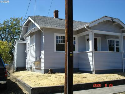206 S 2ND ST, Silverton, OR 97381 - Photo 2