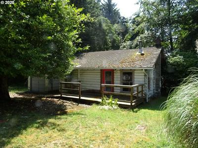 749 8TH ST, Gearhart, OR 97138 - Photo 1