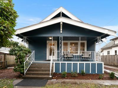 9941 N WILLAMETTE BLVD, Portland, OR 97203 - Photo 2