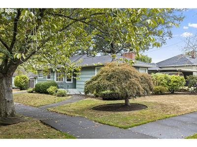 4025 SE GLENWOOD ST, Portland, OR 97202 - Photo 2