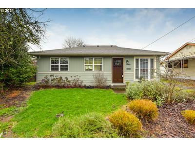 9957 N LEONARD ST, Portland, OR 97203 - Photo 1