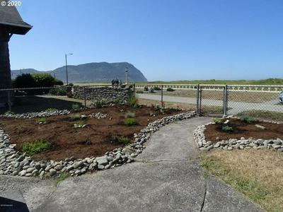 721 S PROM, Seaside, OR 97138 - Photo 2