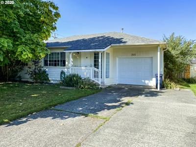 320 RAILROAD ST, Brookings, OR 97415 - Photo 2