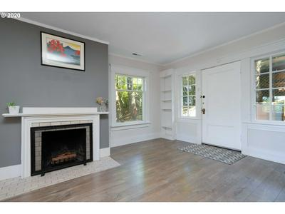 2839 SW GREENWAY AVE, Portland, OR 97201 - Photo 2