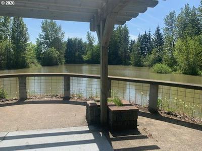 593 HANOVER ST, Eugene, OR 97402 - Photo 2