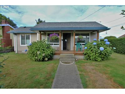 2406 EVERETT AVE, North Bend, OR 97459 - Photo 1