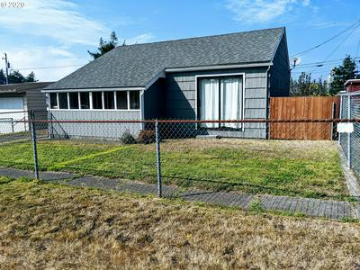 878 PACIFIC AVE, Coos Bay, OR 97420 - Photo 1