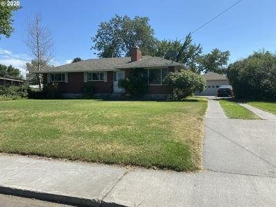 1073 W HIGHLAND AVE, Hermiston, OR 97838 - Photo 2