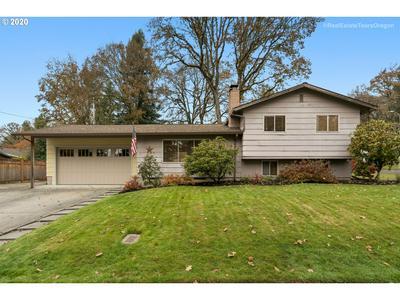 6121 SW SOUTHWOOD DR, Portland, OR 97219 - Photo 1