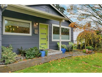 9816 N LEONARD ST, Portland, OR 97203 - Photo 2