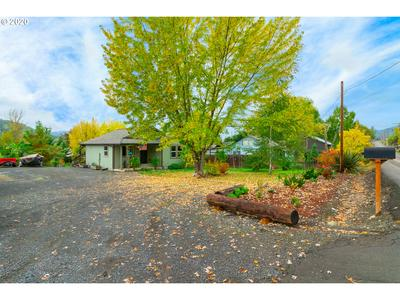 2279 LANDERS AVE, Roseburg, OR 97471 - Photo 2