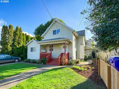 1414 SE LAMBERT ST, Portland, OR 97202 - Photo 1